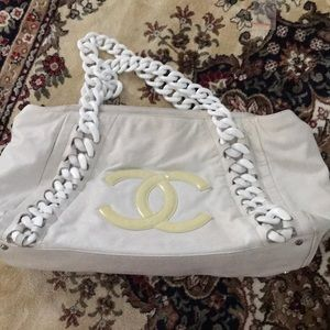Chanel authentic purse
